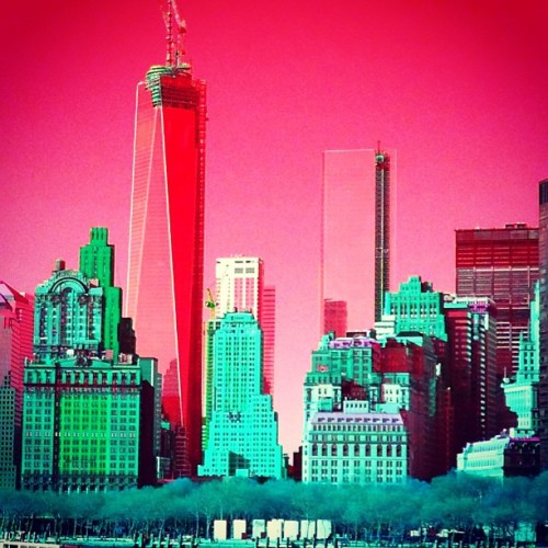 NYC Skyline Red 8f6cd832b43311e2aee522000a9f15b9_7