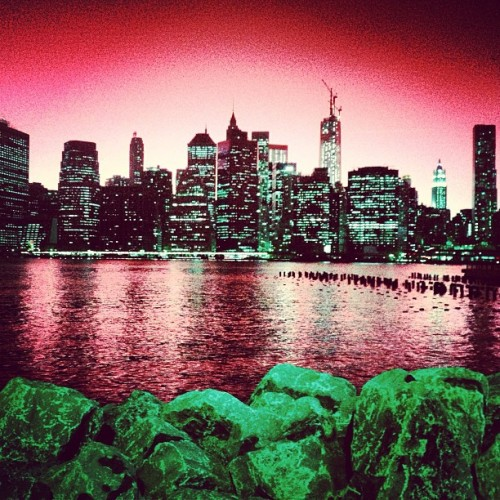 NYC Skyline Red fab5b6dcc14d11e2b05122000a1f92cb_7